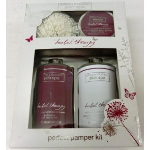 Baylis & Harding Skin Spa Mulberry, Hollyhock & Thyme Benefit Gift Set